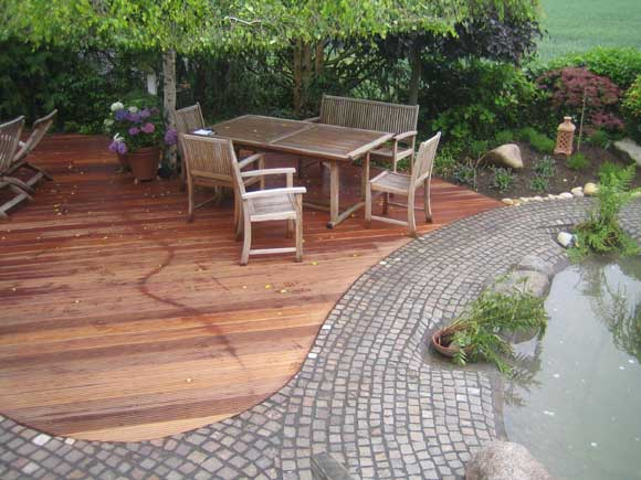 Holz im Garten, Axel Seifert, Gartengestaltung mit Terrassendielen ...